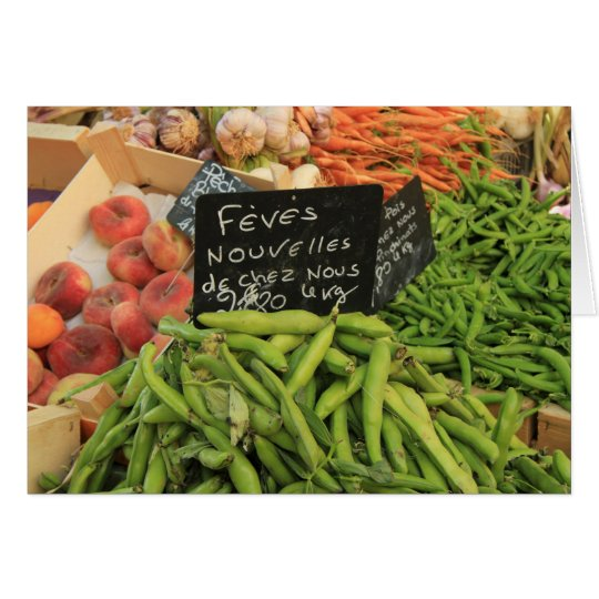 Tarjeta verduras en un mercado en la Provence