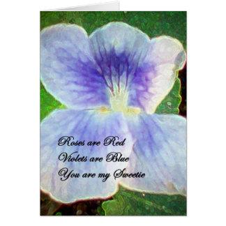 Tarjeta violeta del día de San Valentín