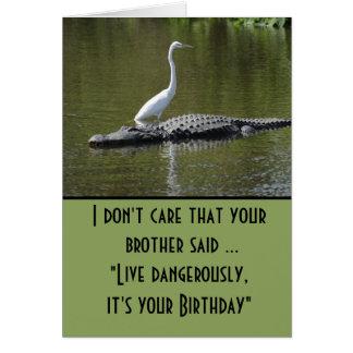 Tarjeta Vive peligroso el cumpleaños