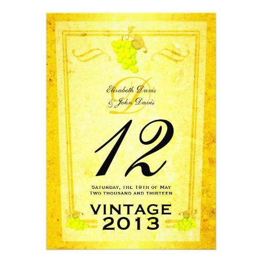 Tarjetas del número de la tabla del vino blanco de invitaciones personales