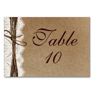 Tarjetas rústicas de la tabla del boda de papel de