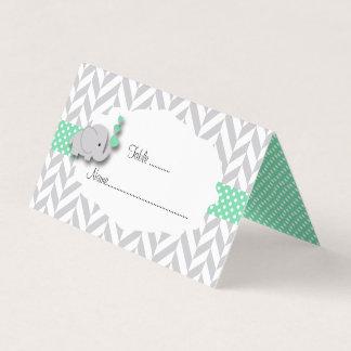 Tarjetas verdes y grises del lugar de la fiesta de