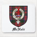Tartán de la insignia del escudo del clan de McNai Tapete De Ratones