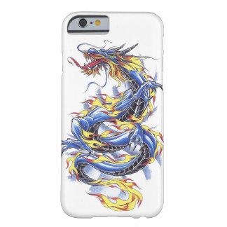 Tatttoo azul japonés oriental fresco del dragón funda de iPhone 6 barely there