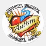 Tatuaje clásico del corazón del autismo etiqueta redonda