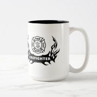 Tatuaje del bombero taza de café de dos colores