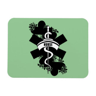 Tatuaje del corazón de la enfermera imanes