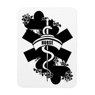Tatuaje del corazón de la enfermera imán flexible