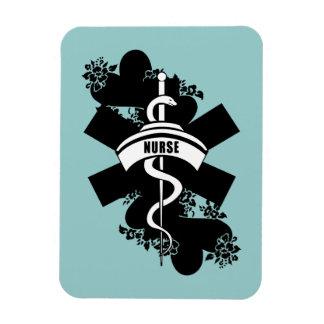 Tatuaje del corazón de la enfermera iman