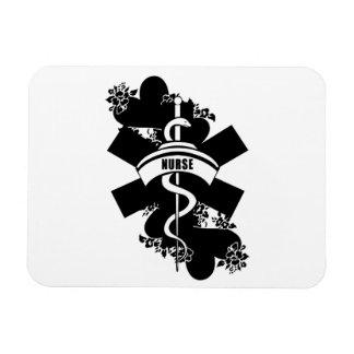 Tatuaje del corazón de la enfermera iman rectangular