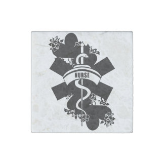 Tatuaje del corazón de la enfermera imán de piedra