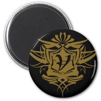 Tatuaje gótico del oro V Imán Redondo 5 Cm
