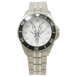 Tatuaje tribal del cráneo de los ciervos - blanco relojes