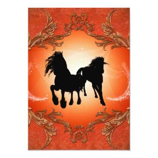 Tatuajes negros hermosos del caballo invitación 12,7 x 17,8 cm