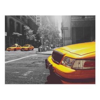 Taxi amarillo 01 tarjetas postales
