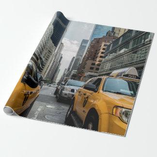 Taxis amarillos icónicos de New York City Papel De Regalo