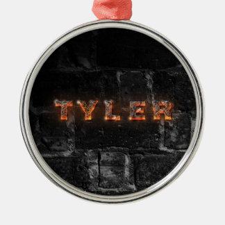 Taylor personalizó nombre con las letras del adorno navideño redondo de metal