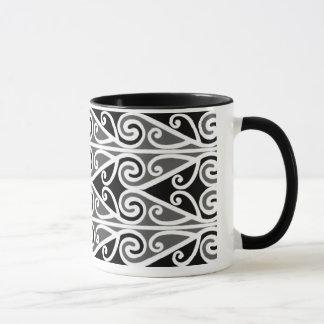 Taza arte tribal de los diseños maoríes para usted
