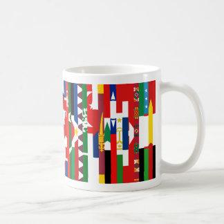 Taza asiática de las banderas