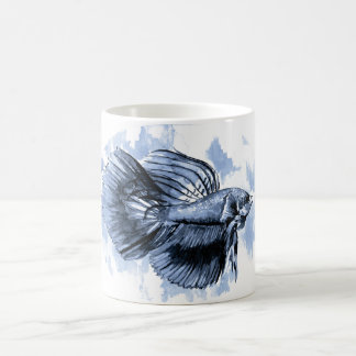 Taza azul de los pescados de Betta