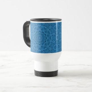 Taza azul decorativa del viaje del caleidoscopio