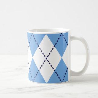 Taza azul del modelo de Argyle