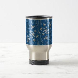 taza azul del viaje