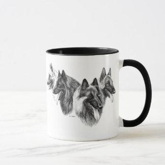 Taza belga de Tervuren Malinois del perro pastor