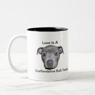 Taza Bicolor Amor adolescente azul de Staffordshire bull