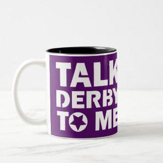 Taza Bicolor Charla Derby a mí, diseño del chica de Derby del