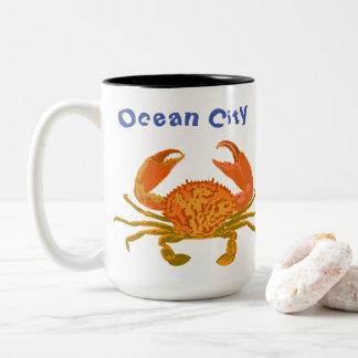 Taza Bicolor Ciudad del océano, Maryland, cangrejo del