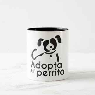 Taza Bicolor Gana un amigo, adopta una mascota