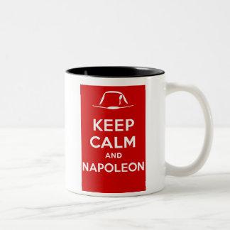 Taza Bicolor Guarde la calma y a Napoleon