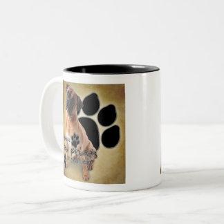 Taza Bicolor Huellas de la licencia de los perros del boxeador