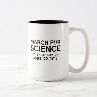 Taza Bicolor Marzo para la ciencia