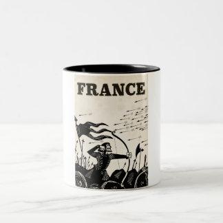 Taza Bicolor Poster del viaje del vintage de Francia. coche