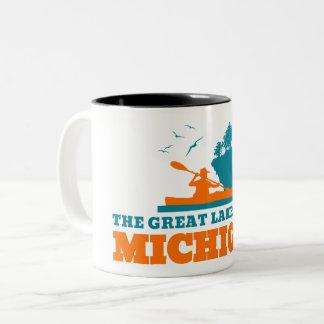 Taza Bicolor Recepción a Michigan (MI) - logotipo del color