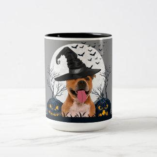 Taza Bicolor Remiendo de la calabaza de Halloween del pitbull