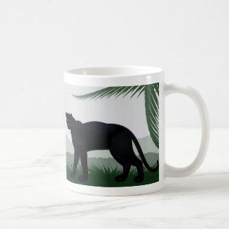 Taza blanca básica de la pantera negra de la selva