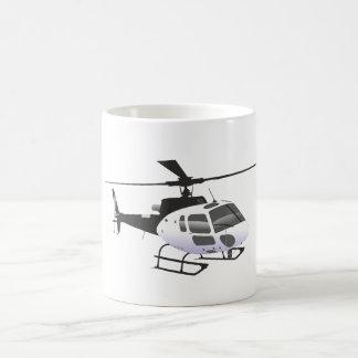 Taza blanco y negro del helicóptero