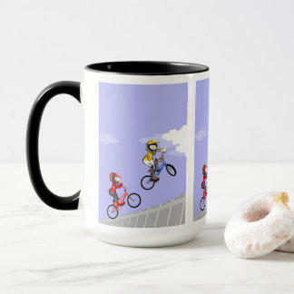Taza BMX  niños en su bicicleta tomando impulso