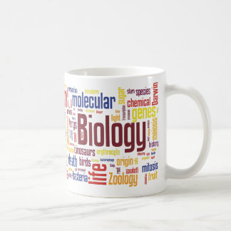 Taza colorida de Wordle de la biología