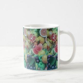 Taza con las frutas