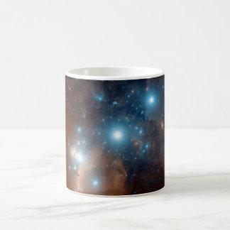 Taza cósmica del espacio de la galaxia