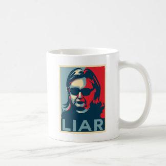 Taza de Anti-Hillary Clinton del MENTIROSO