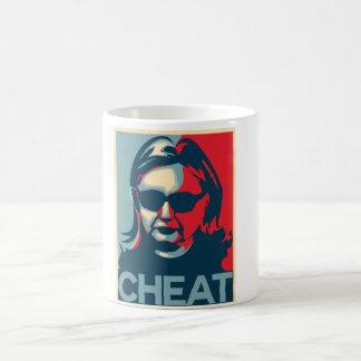 Taza de Anti-Hillary Clinton del TRAMPOSO