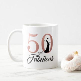 Taza De Café 50 y cumpleaños del oro color de rosa fabuloso