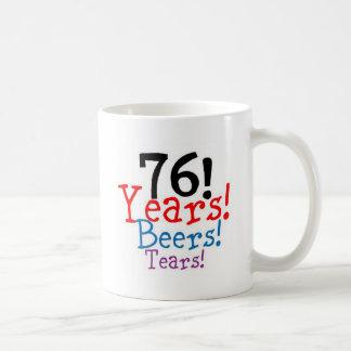 Taza De Café 76 años de rasgones de las cervezas