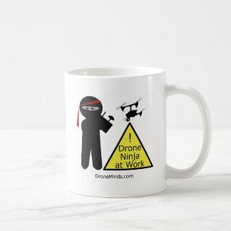 Taza De Café Abejón Ninja en el trabajo