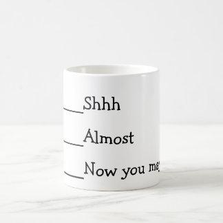 Taza De Café Ahora usted puede hablar el meme divertido